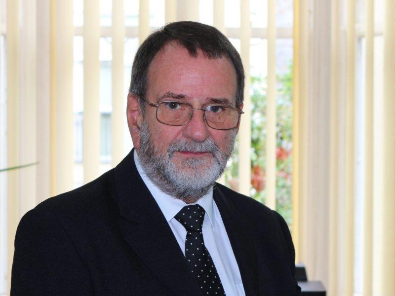 Roger Farrow